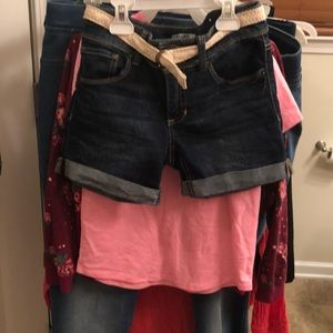 Girls size 10 Mudd Bermuda denim shorts-like new